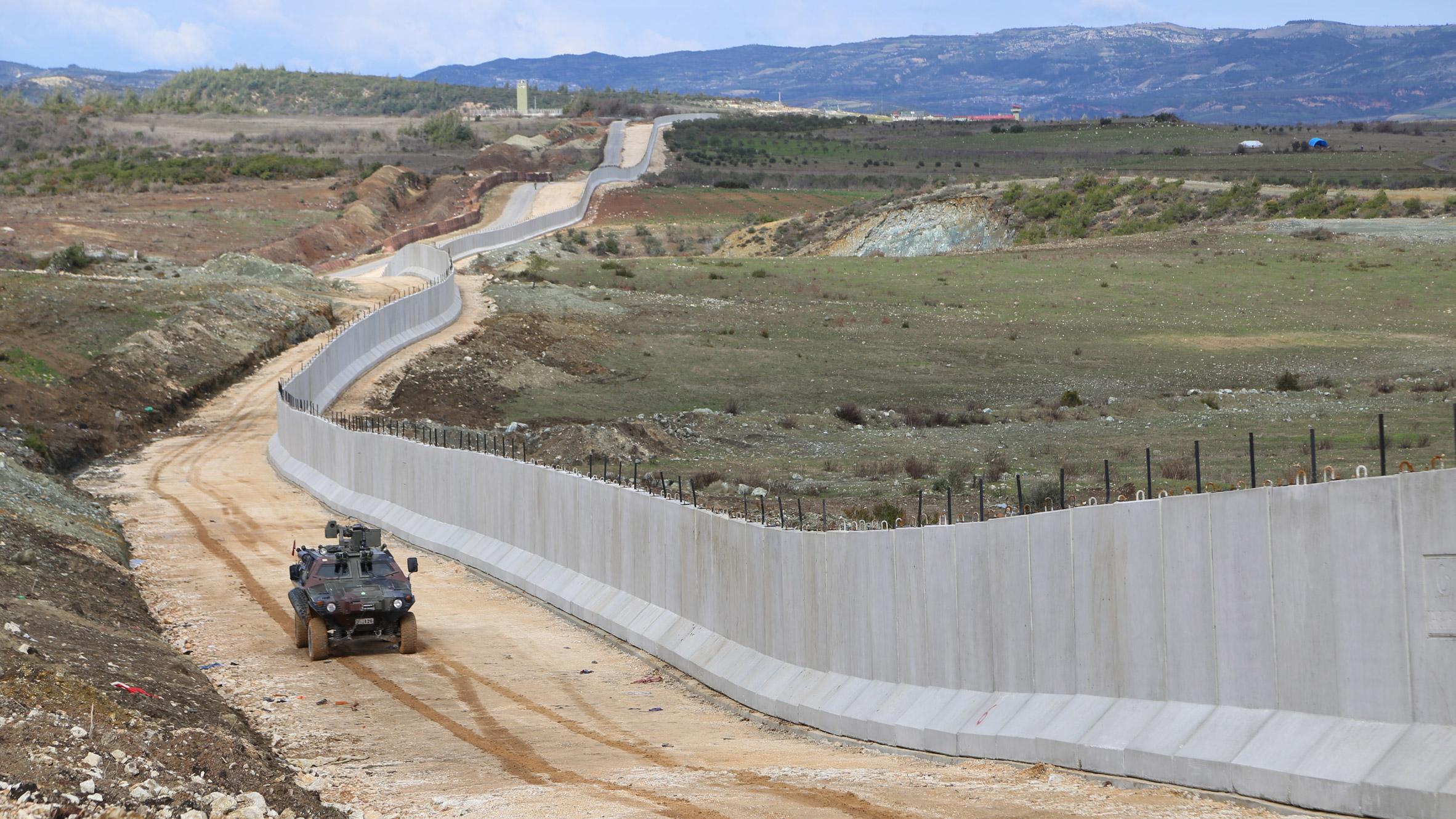 Contoh Kerjasama di Perbatasan Iranian dan Turki